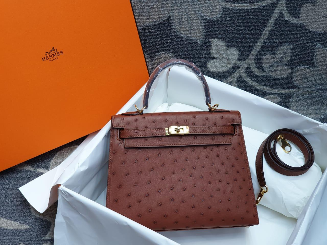 Hermes Kelly Ostrich Leather H003