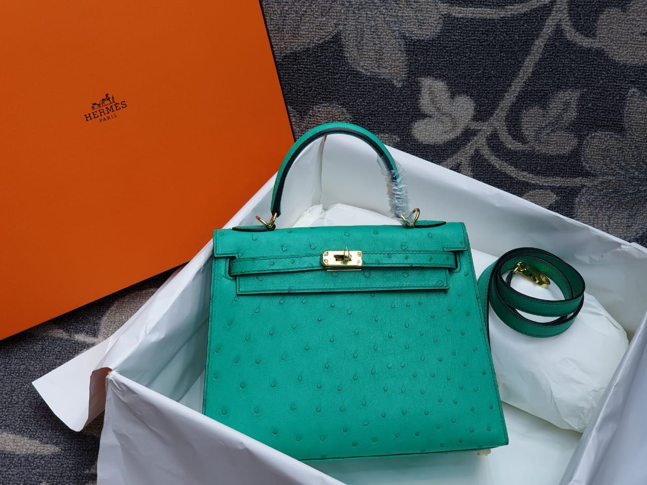Hermes Kelly Ostrich Leather H006