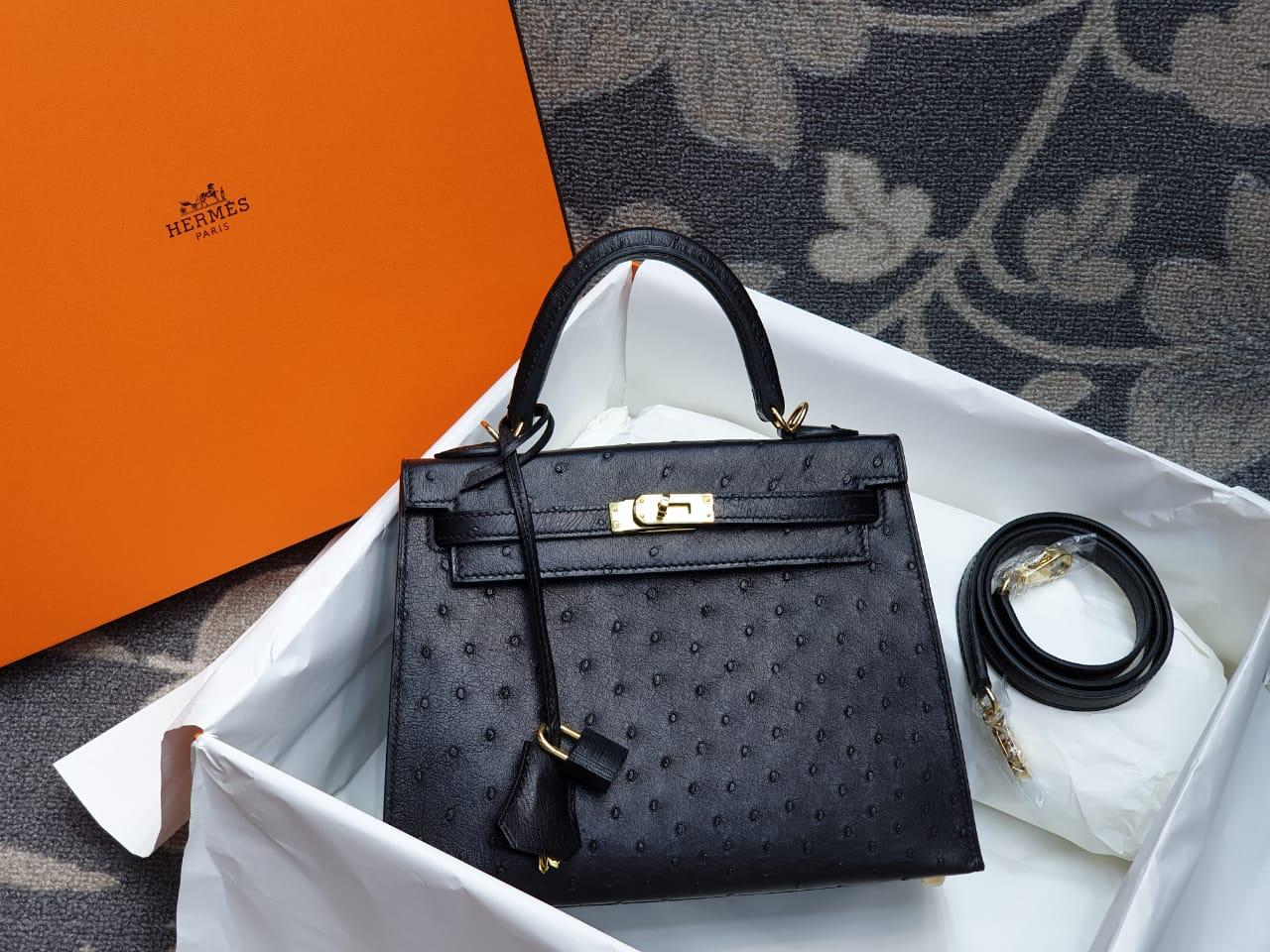 Hermes Kelly Ostrich Leather H010